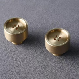 Button luxury brass knob - single